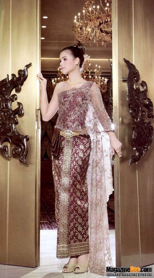 Thai dress costume
