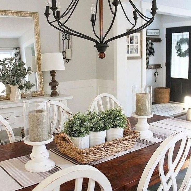 44 Affordable Farmhouse Dining Room Table Decorating Ideas