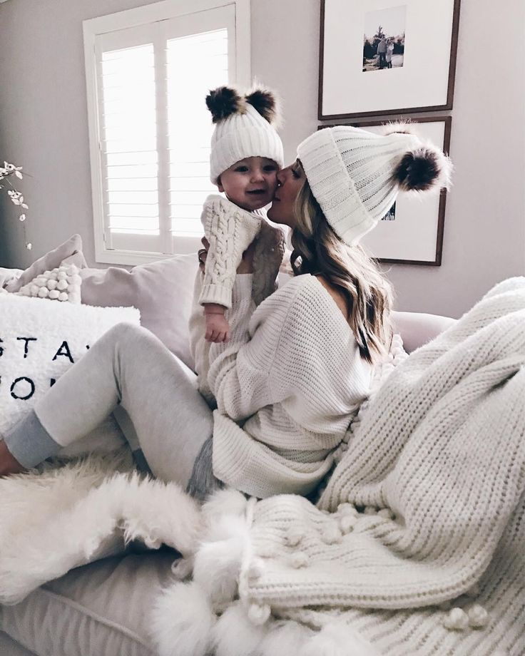 Forever twinning  Why are babies in beanies the cutest!? http://liketk.it/2tkf3 #liketkit @liketoknow.it #LTKbaby @liketoknow.it.family  #momlife #sunday #cozyhome
