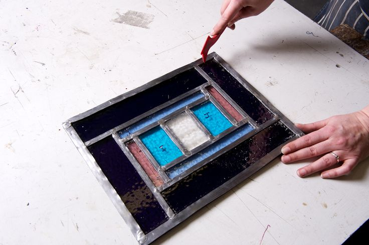 Create stunning panels on one of our glass work courses.