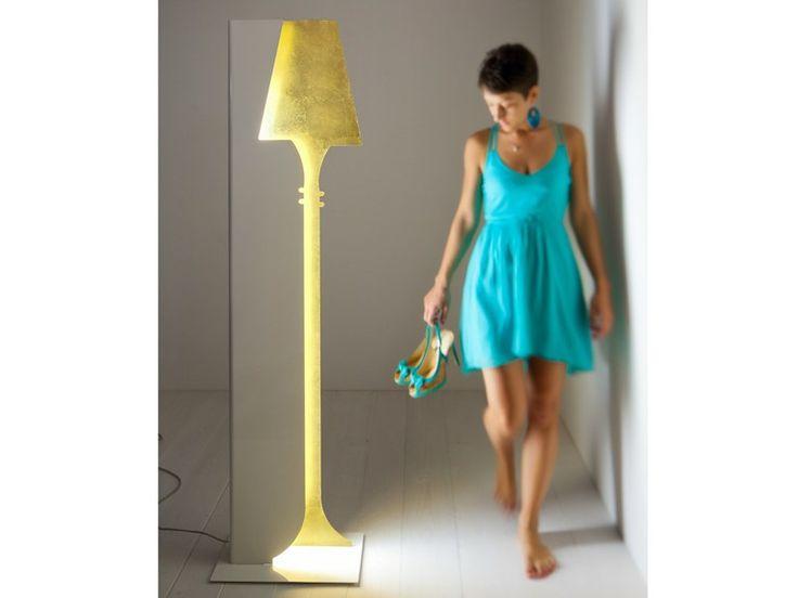 Lampada da terra a LED in metallo Collezione Loren by ZAVA | design Franco Zavarise