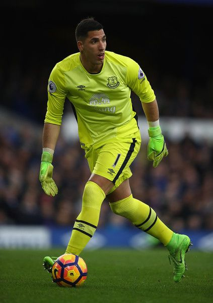 Joel Robles of Everton in action during the Premier League match between Everton and Sunderland at Goodison Park on February 25, 2017 in Liverpool, England.