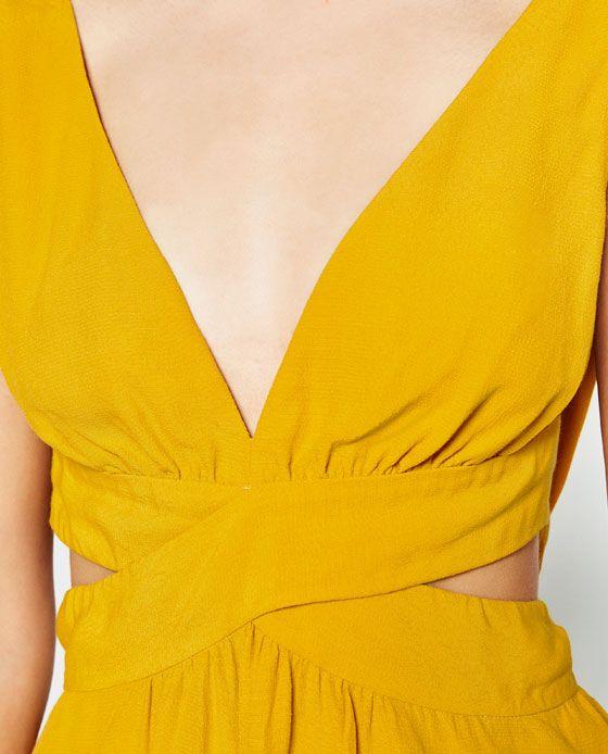 Immagine 7 di TOP CON FIOCCO SULLA SCHIENA di Zara