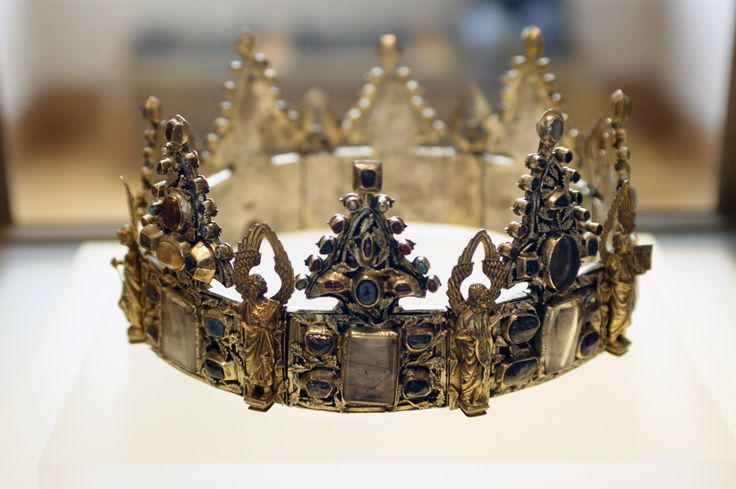 medievallove:Couronne de Liège (Liège Crown). Given by Louis IX King of France to the Dominicans of Liège. Contains many relics. 13th century.