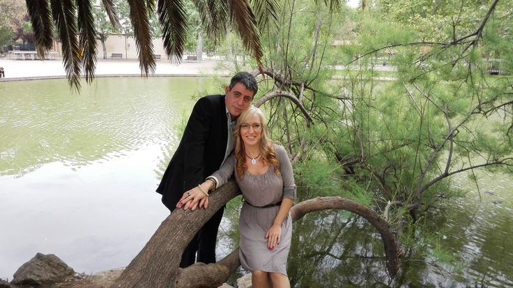 David y pilar. La Boda de Miguel Angel y Ana el hermano de Pilar el 25 de abril del 2015 en Cornella BARCELONA. Muchas Felicidades