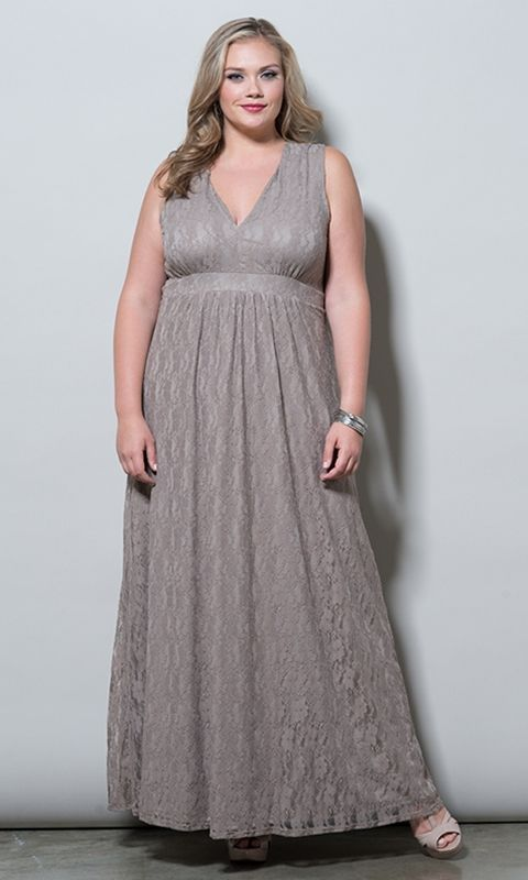 88 best Plus Size - Formal images on Pinterest | Plus size prom ...