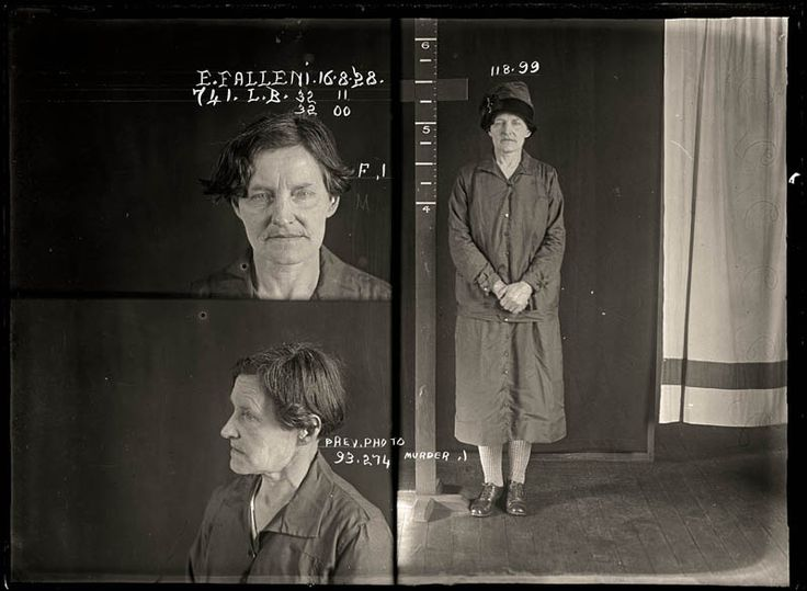 Convicted of murder 1928. Eugenia Falleni spent most of her life masquerading as a man. In 1913 Falleni married a widow, Annie Birkett, whom she later murdered. The case whipped the public into a frenzy as they clamoured for details of the 'man-woman' murderer. Aged approximately 43.