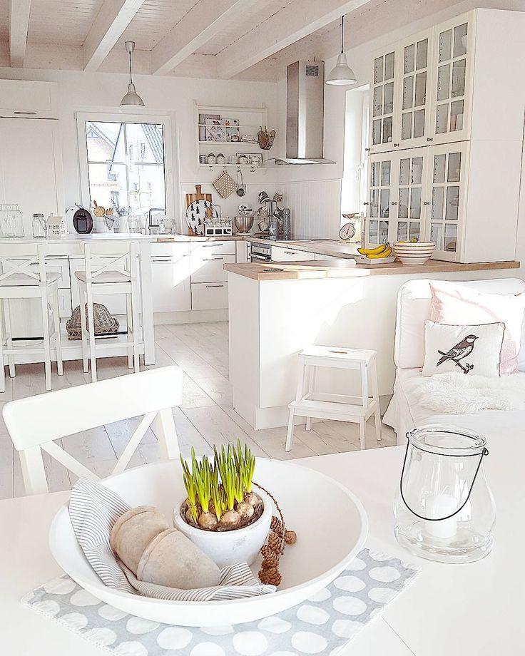 """2,172 Likes, 84 Comments - Villa Sternzauberliebe (@villa_sternzauberliebe) on Instagram: """"Früüüühstück... und soll ich euch was verraten?!? Die Jungs haben den Tisch gedeckt. Habt es…"""""""