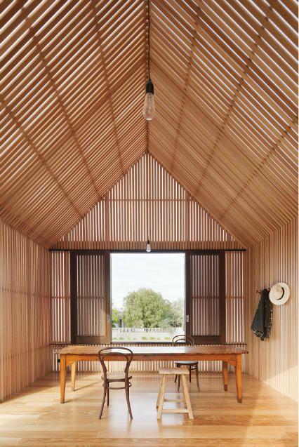 Clean pavilion look // Seaview Avenue house by Melbourne architects Jackson Clement Burrows.