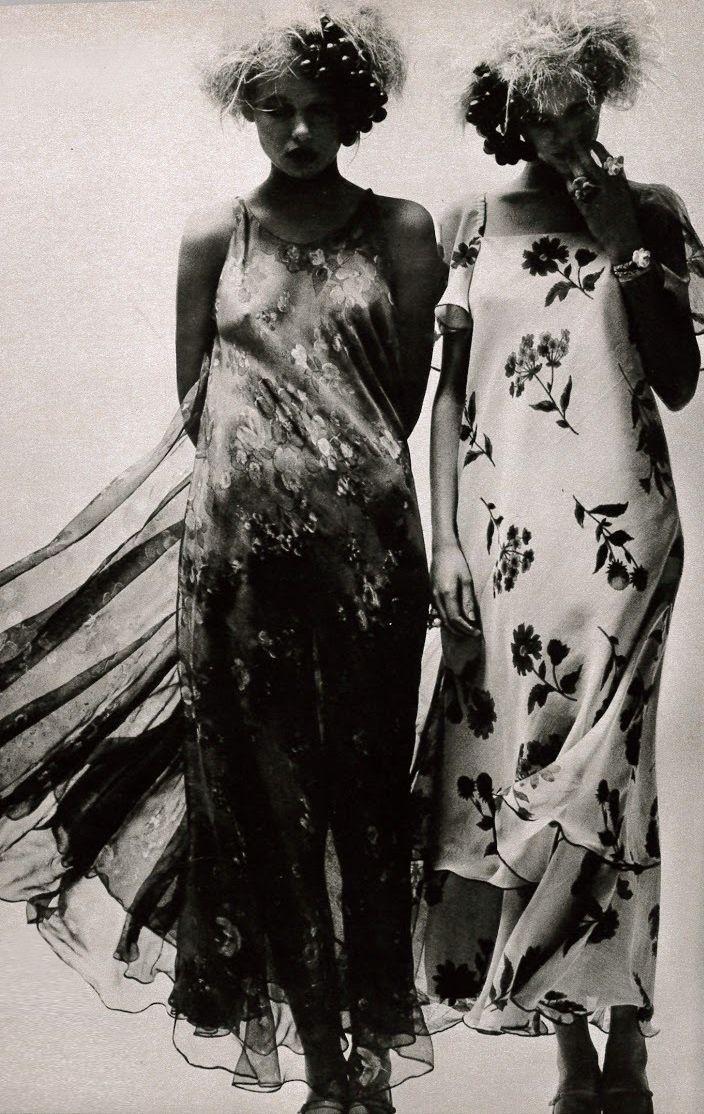 Photo by Helmut Newton, 1971.