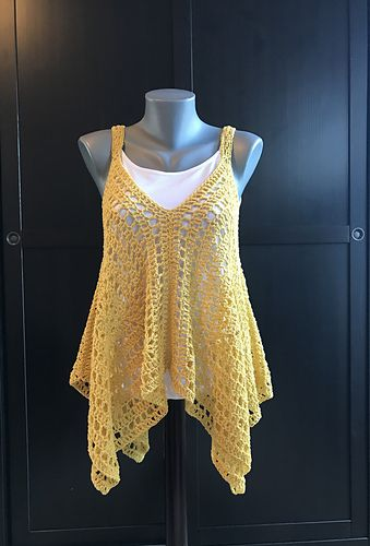 Kanata Kerchief Tank - free crochet pattern by Jennifer Ozses / RightBrainCrochet. Sizes: S/M, L/XL