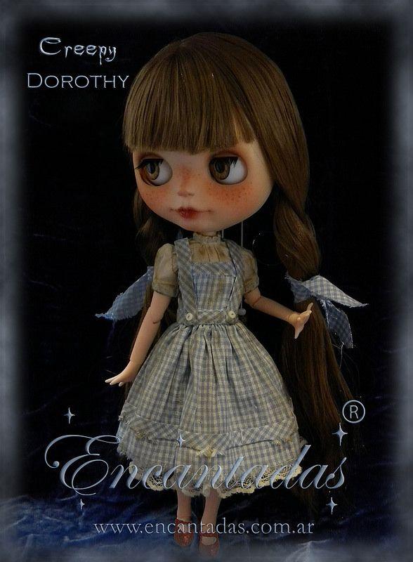 Creepy Dorothy - confeccionado a pedido