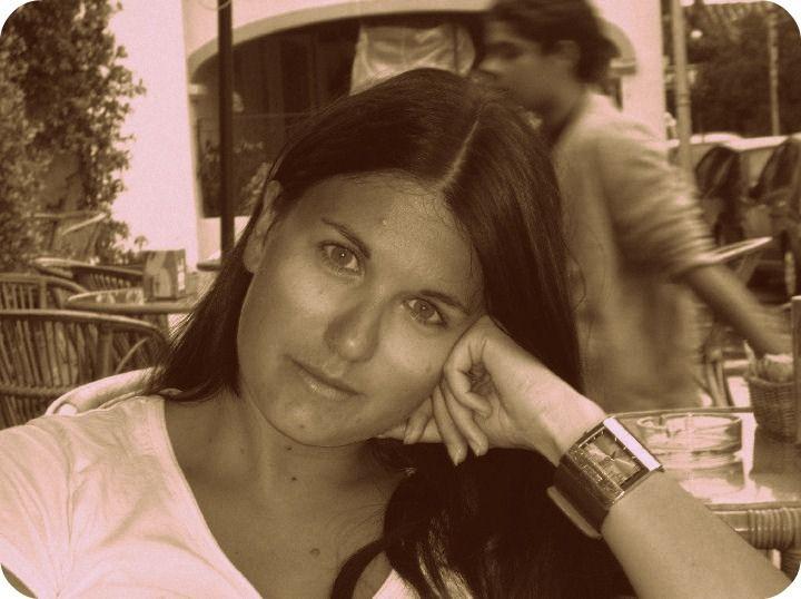 Cristiana è esperta in customer service e accounting per l'Italia