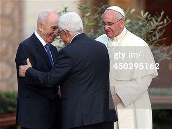 Buscar - Getty Images ES: pope francis abbas