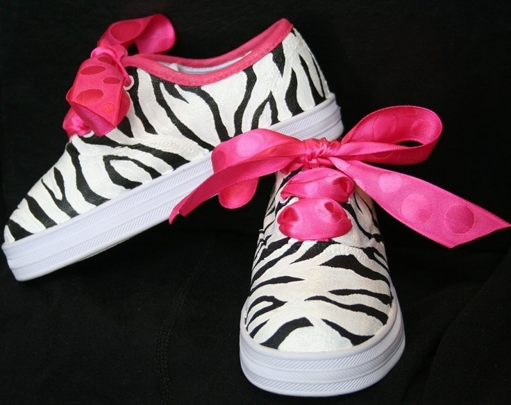 Girl's Custom Painted Tennis ShoesGirls Custom, Pink Zebra, Painting Tennis, Hot Pink, Baby, Custom Painting, Sneakers Hot, Art Shoes, Tennis Shoes