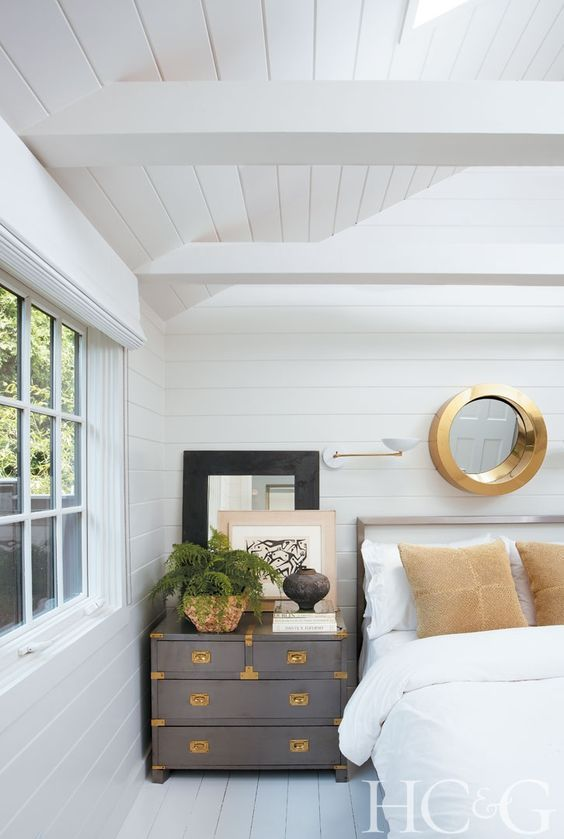 non farmhouse shiplap paneling! I love this term. Everyone is doing farmhouse which has killed the style.