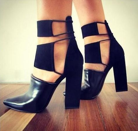 Fashion Black Smooth Leather Women Pointy Toe Pump…