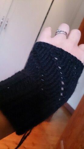 Handwarmers with eyelets