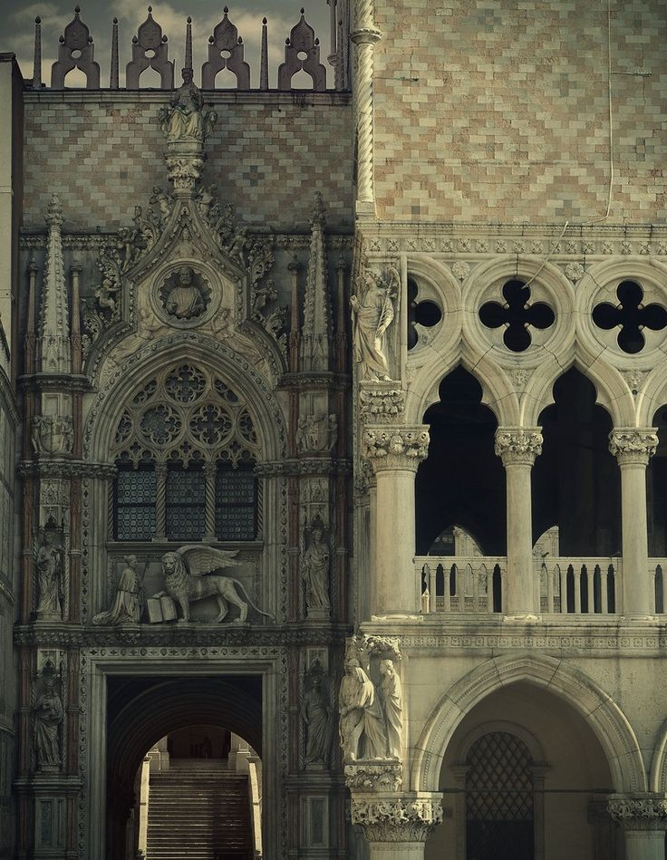 I like the look of this picture showing the big diffrent of the gothic looking building on the left, and the renaissance on the right. you can see the pointy architecture and the flying buttresses, while renaissance is columns and arches.