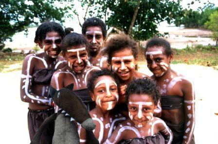 loup_amis_aborigenes.jpg, nov. 2014