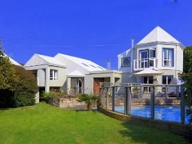 4 Bedroom House for sale in Leisure Isle - Knysna