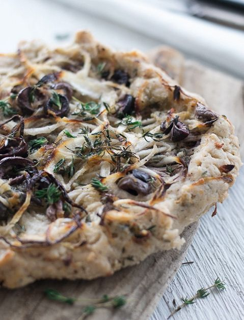 ONION, BLACK OLIVE & THYME TART - 10 Vegan Thanksgiving Dishes That Will Upstage the Turkey