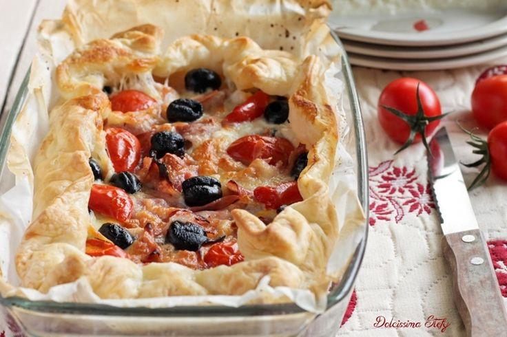 Torta+salata+con+Mozzarella,+Olive+e+Prosciutto+cotto