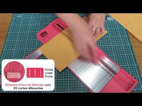 Guilhotina 3 Lâminas 31 cm - Toke e Crie   Este vídeo é uma resenha explicando como funciona minhas guilhotinas, que eu acho que são as melhores para cortar papel de scrapbooking. Eu as adoro e espero que goste também.