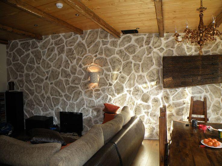 steinwandimitationen mit putz kautschukstempel und farbe kunstwerk m rtel putz beton. Black Bedroom Furniture Sets. Home Design Ideas