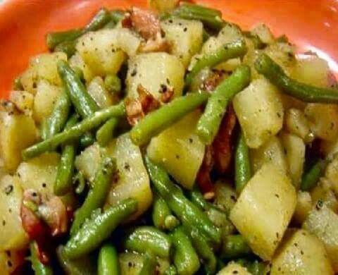 Potatoes, green beans and ham in crockpot