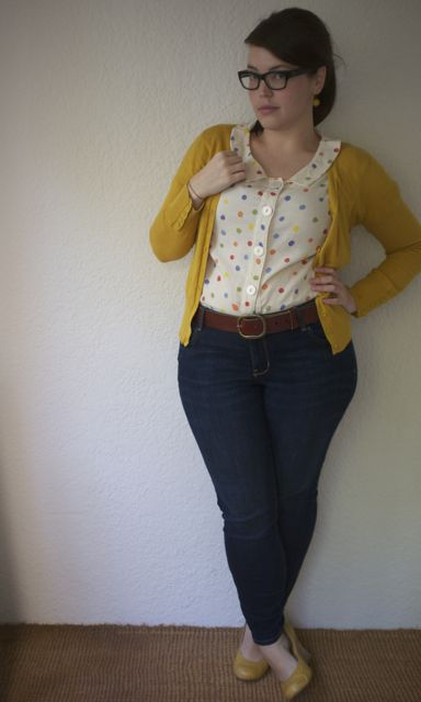 plus size confetti top with jeans and cardigan (Frocks and frou frou Lilli)