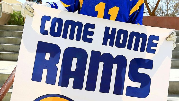 Rams headed back to Los Angeles; Chargers have option to join