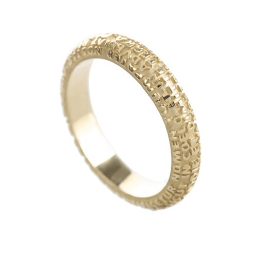The entire prayer of Our Father is the newest wedding ring of Tuum 18 kt yellow gold, estimated delivery within 20 working days. For measurements please contact Customer Service $1,195.00