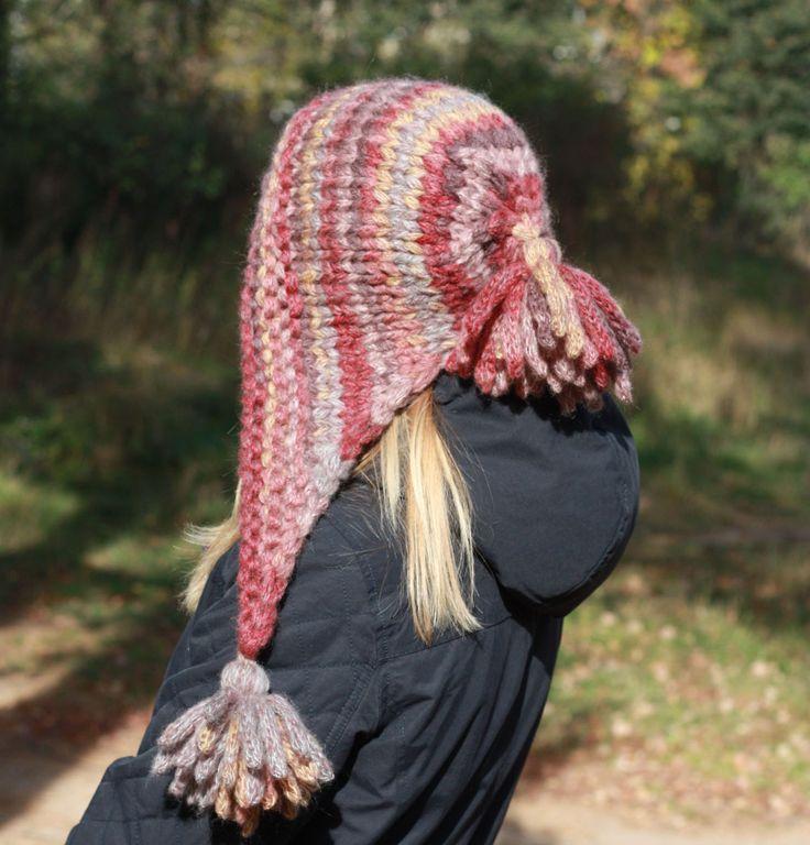 """Купить Вязаная шапка (капор) с кисточками """"Февраль"""" (крупная вязка) - разноцветный, шапка, вязаная шапка"""