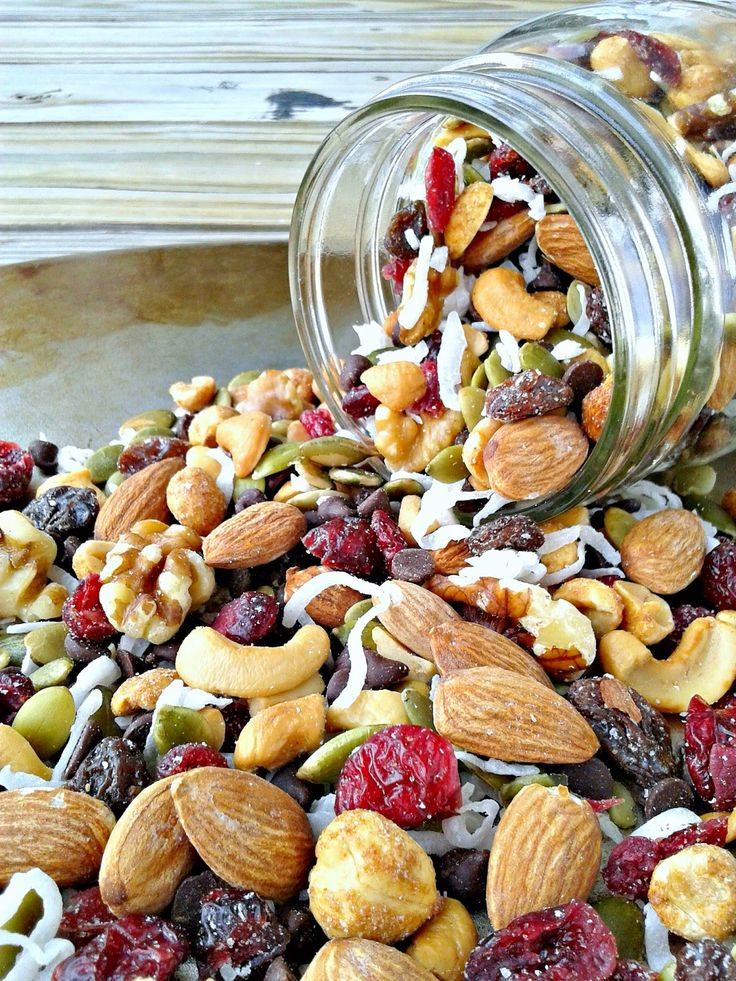 Sweet & Nutty Trail Mix - A perfectly healthy snack that can be tossed together in 5 minutes flat. Grab it & go!