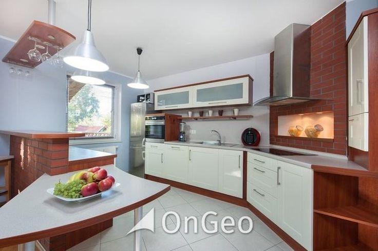 Dom na sprzedaż #domnasprzedaz #ongeo #wnętrza #kuchnia