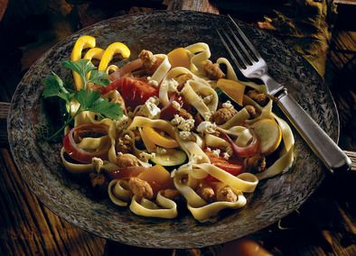 #6IngredientsOrLess with #JohnsonvilleSausage Johnsonville Fettuccine with Roasted Tomatoes, Vegetables & Sausage