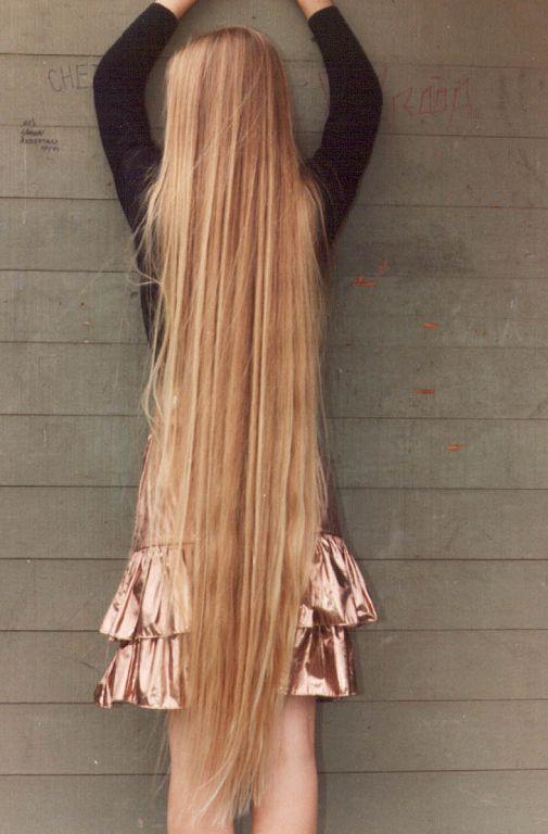 long unhealthy hair....time for a Hair Cut!