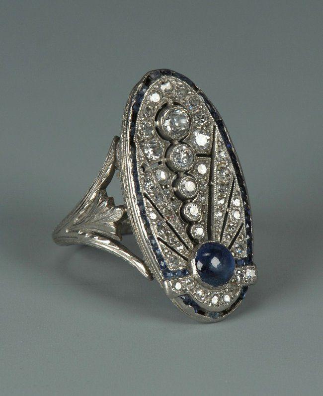 Ladies Art Deco 18k White Gold Oval Flat Top Diamond And