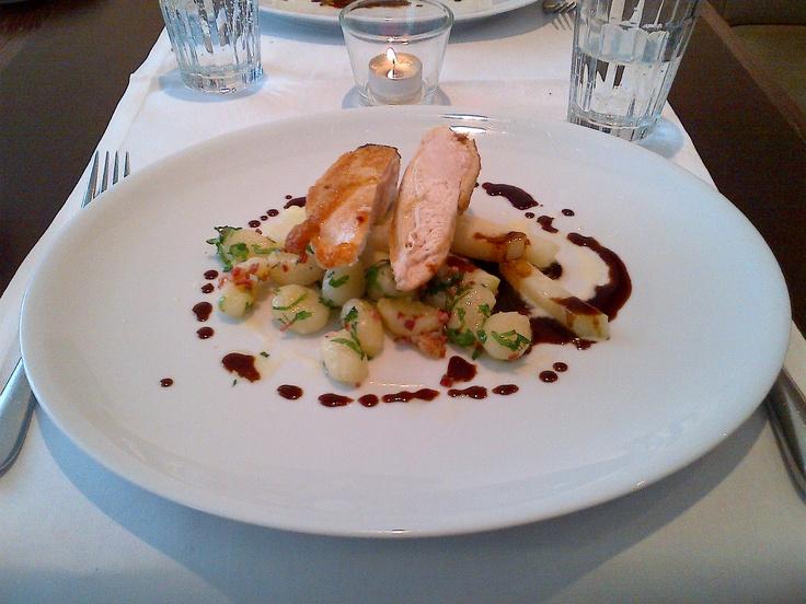 Mind-blowing main course @ Restaurant Emma Metzler!