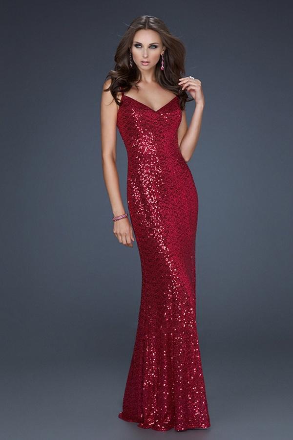 Red Sequin Dress- James Bond Style. | Bond...James Bond | Pinterest | Beautiful Prom Dresses ...