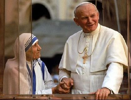 CANNOT CONTAIN JOY WHEN I SEE THESE TWO IN A PICTURE!!!!! Mother Theresa and Blessed Pope John Paul II, pray for us!