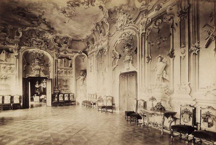 várkastély (ekkor Wenckheim Ferenc tulajdona), díszterem. A felvétel 1898 után készült. A kép forrását kérjük így adja meg: Fortepan / Budapest Főváros Levéltára. Levéltári jelzet: HU.BFL.XV.19.d.1.13.049