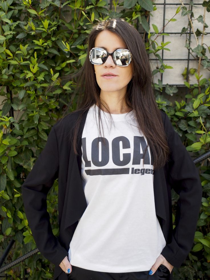 Funny_t-shirts_shooting_Cozy Ash_street_style_bucharest_style_fashion_blogger_silvia_cimpeanu