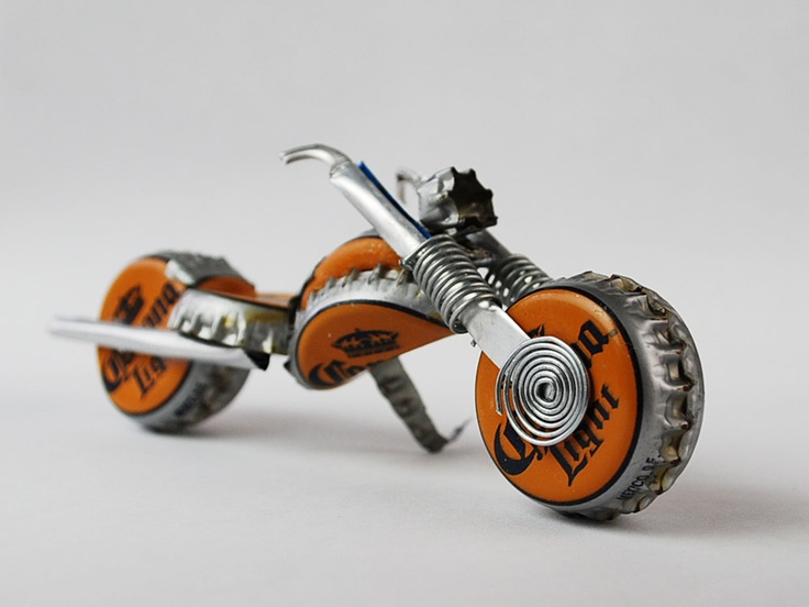 Corona Light Redneck Chopper, purdy gift fer motorcycle lovers, made outta beer caps. $40.00, via Etsy.