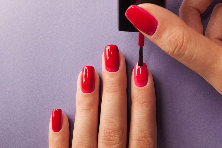 Tip: zo haal je écht alle rode nagellak van je nagels af