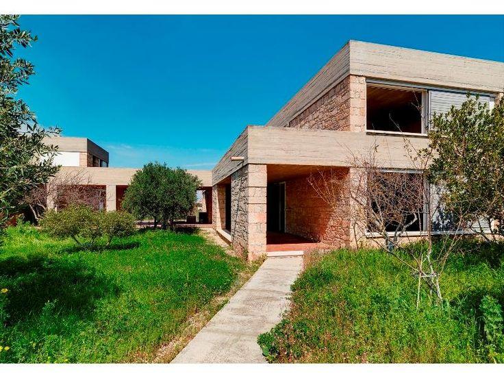 Giannis Moralis House