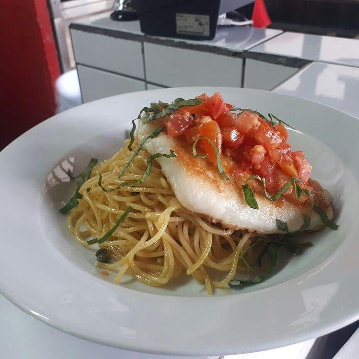 Cerrá con broche tu fin de semana degustando está exquisita pasta #Italianíssimo #Pasta&Vino