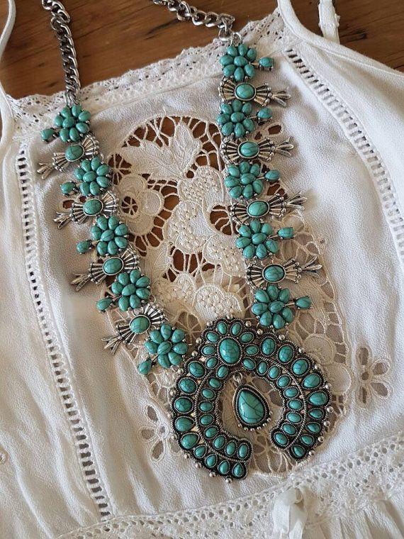Collier de fleur de courge turquoise ~ gypsy Bohème
