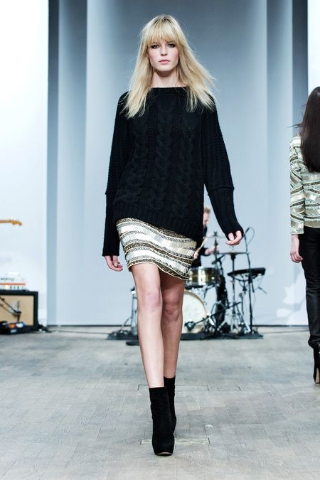Hunkydory - Stockholm Fashion Week 2013 - Chunky black knitwear layered over a sequin mini skirt and paired with ankle boots - love iiiiiit